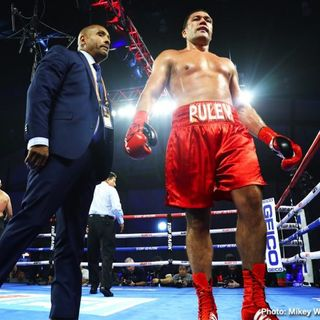 Inside Boxing Daily: Kubrat Pulev's troubles in and out of the ring, Munguia-Golovkin, Heredia's chemistry, and Whitaker-Mayweather