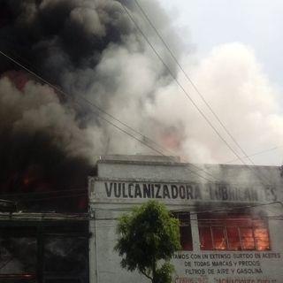 Se incendia vulcanizadora en Ecatepec