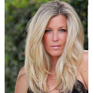 EP 81 - SOAPS IN REVIEW SPECIAL GUEST ACTRESS LAURA WRIGHT & THEN SOAP RECAPS