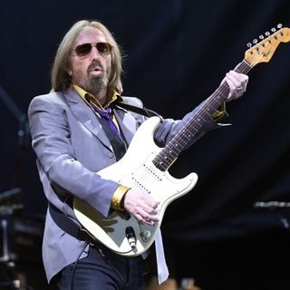 SGTRH23 10/02/18: WE STILL MISS TOM PETTY ONE YEAR LATER(2 COVERS)