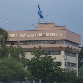 Ortega utiliza por primera vez firma de viceministro de Hacienda