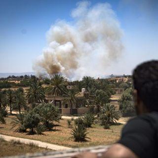 Non è legale chiudere i porti a chi fugge dalle bombe di Haftar