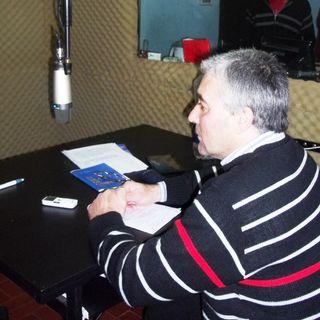 Luis Frias entrevista al promotor del Premio  Letras y poetas
