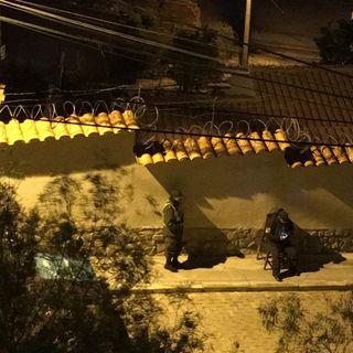 Continúa asedio policiaco a embajada de México en Bolivia