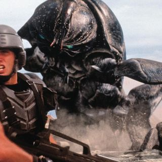A Critic's Journey Ep #005 - STARSHIP TROOPERS