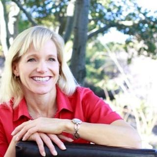 Episode 168-Aurora Winter on Building Your Legacy by Telling Your Story-Building My Legacy with Lois Sonstegard, PHD