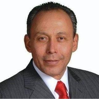 El ex Gobernador de Chihuahua, José Reyes Baeza espera notificación de la UIF