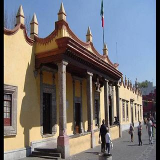 Alcaldía Coyoacán hace operativo contra comercio en vía pública