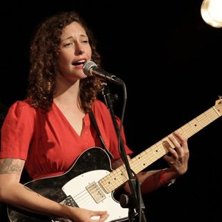 Esme Patterson - The Waves (opbmusic)