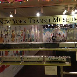 Exposición 50 años de Landmarks