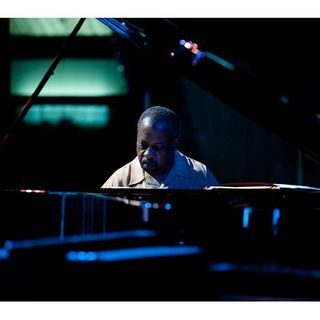 Onaje Allan Gumbs - Bloodlife: Solo Piano Improvisations