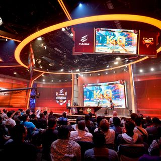 eSports and it's BOOM. Is there still time to get in on it? #TechMOOC #JovanHuttonPulitzer