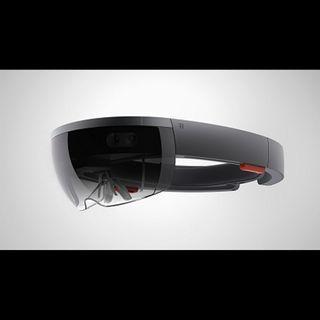Microsoft HoloLens - Clemente Giorio