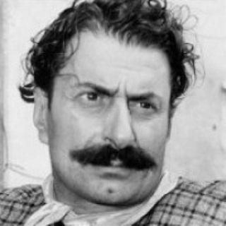 FILM GARANTITI Don Camillo - Giovannino Guareschi Il padre di Don Camillo (1952-1965) ****