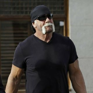"Hulk Hogan Shows His Insensitive A$$ On Twitter Calling Victims Of Hurricane Irma ""Crybabies"" For Lamenting Loss Of Power And Water."