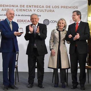 Entrega AMLO Premio de Artes, Ciencia y Cultura