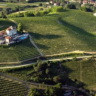Ep 198: Roero, Italy - Secret Values, Awesome Wines