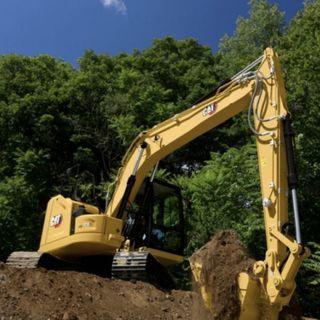 Ascolta la news sui nuovi escavatori Cat 313 e 313 GC di prossima generazione