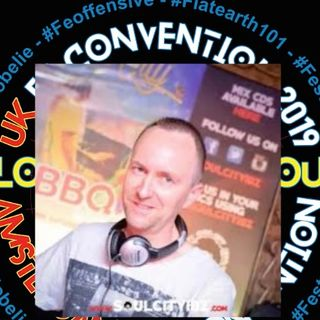 Mark Devlin guests on Robin Campbell & Roxanne's Globe Lie podcast, August 2019