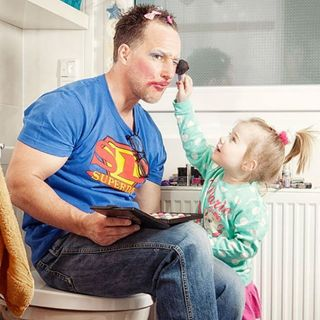 How Should Fathers Raise Daughters?