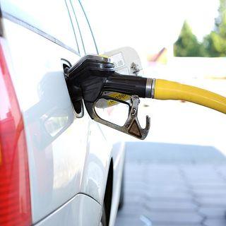 Se sancionará a gasolineras que no vendan litros de a litro