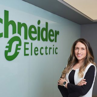 LINA BERNAL, ES ASCENDIDA A DIRECTORA DE SECURE POWER DE SCHNEIDER ELECTRIC PARA EL CLÚSTER ANDINO