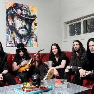 SLASH, MYLES KENNEDY + THE CONSPIRATORS Interview