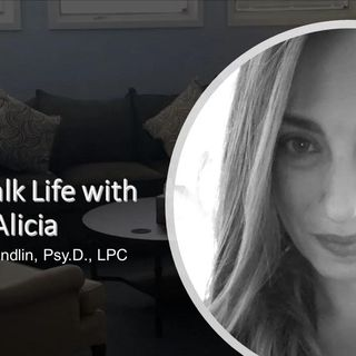 Let's Talk Life with Alicia and her guest Gretchen & Huwalda 12_2_20
