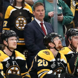 Here's Alex Cora's 'Advice' To Bruins Coach Bruce Cassidy