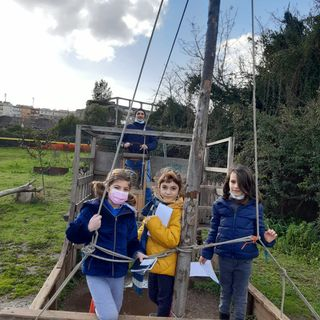 Sibilla, Nina ed Ester 1E intervistano Capitan Calamaio sulla vita delle api!