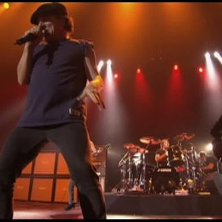 Hell Ain-t a Bad Place to Be (Live at the Circus Krone, Munich, Germany June 17, 2003)