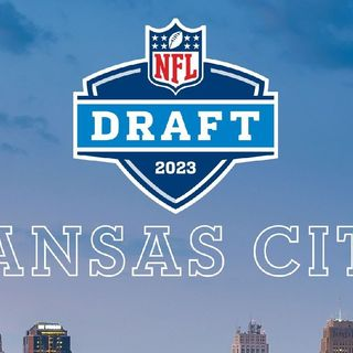 The Richard Smith Show NFL DRAFT KANSAS CITY Senior NFL Analyst Kris Chavez On The Show