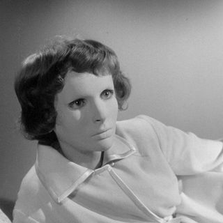 Season 3:  Episode 113 - Les Yeux Sans Visage aka Eyes Without A Face (1960)