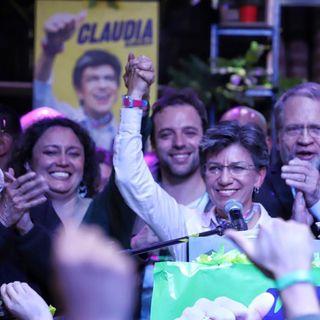"""""""Amigos y amigas hoy por fin ganamos, hoy era el día de las niñas, hoy era el día de las mujeres"""": Claudia López"""