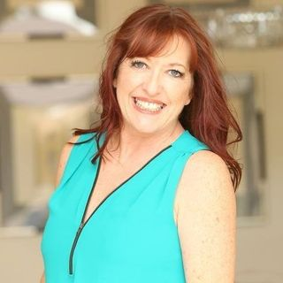 How to Create a Business that Serves Your Soul - Therese Skelly on Big Blend Radio