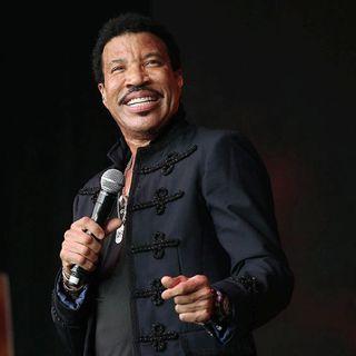 011 3HITSMIXED Lionel Richie - American Idol