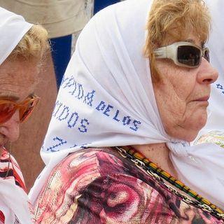 Le Madres de Plaza de Mayo e la governante de Il Giro di vite
