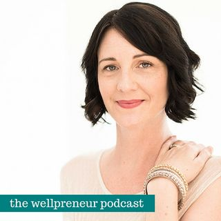 {e96} Breaking through Fear with Anne Perry of Business Heroine Magazine