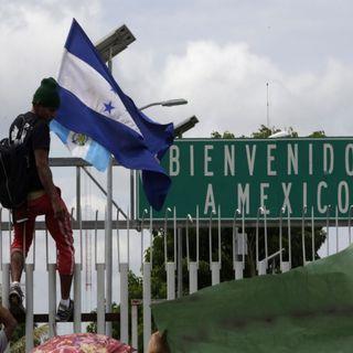 Migrantes hondureños buscan llegar a EU