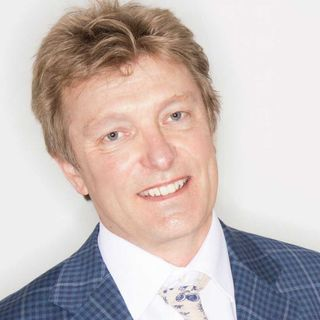 Dr Nigel Plummer probiotics expert