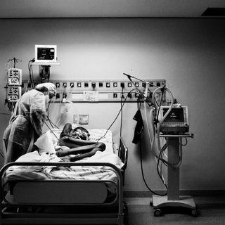 Dentro un ospedale di MALATI TERMINALI in Brasile, 8 minuti con il fotografo Nanni Fontana