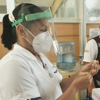 Vacuna segura para maestros en Estado de México