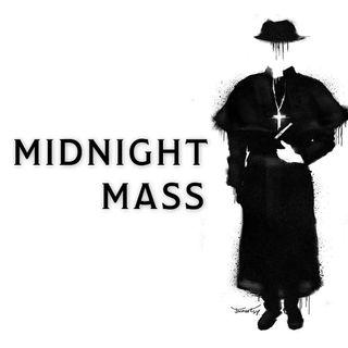 """5 powodów, dla których TRZEBA obejrzeć """"Nocną Mszę"""" (Midnight Mass)"""