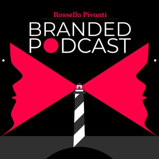 Posizionare un podcast in classifica: strategie che funzionano e fake review