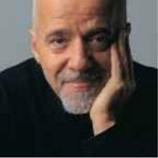 """""""O Livro dos Manuais """" de Paulo Coelho."""