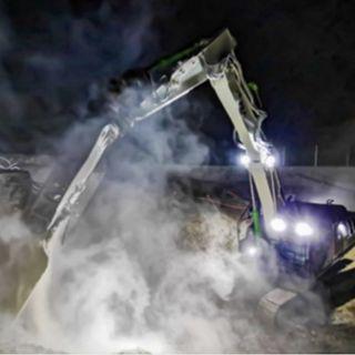 Ascolta la news: Il giro d'Europa in cinque cantieri con gli escavatori cingolati Case
