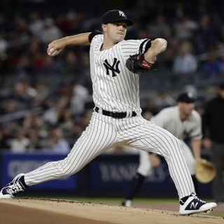 Bronx Bombers Podcast | On The Rise | The Best AL Shortstop | Sonny Gray | How Good Is This Offense?