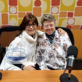 """La Dra. Rosa Argentina Rivas Lacayo con el tema: """"La riqueza en la adversidad""""."""