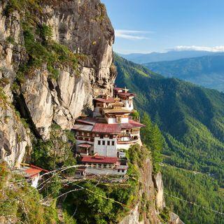 DANIELE LIVE | Santo Stefano in viaggio: Bhutan - Il Monastero di Taktsang
