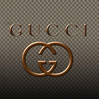 051 La forza di Gucci? Strategia, Creatività e Comunicazione con Anna Caccia